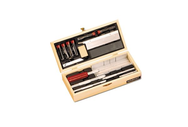 Craftsmen's Knife & Tool Set