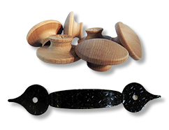 Black and Hammered, Wooden Knobs