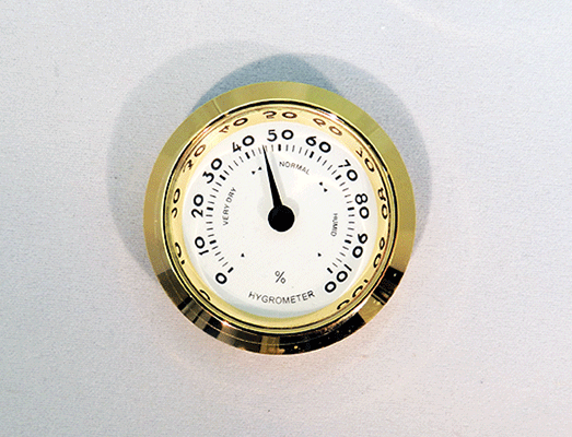 setting up a hygrometer