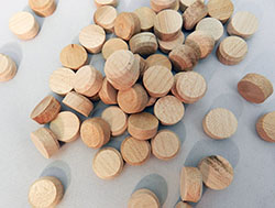 Side Grain Floor Plugs Oak | Bear Woods Supply