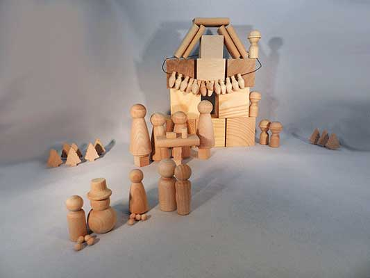 Little wooden people and blocks, woodcrafts | Bear Woods Supply