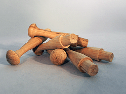 Chinese Oak Wooden Shaker Pegs 3-1/2 inch | Bear Woods Supply